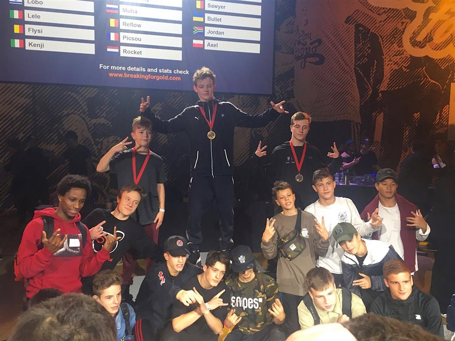 20 B-Boys To Stage III